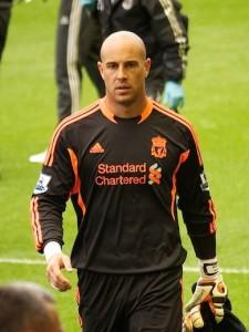 Pepe Reina en veut aux dirigeants de Liverpool de l'avoir cédé à Naples.